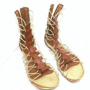Mia Olympia gladiator zip up flat sandals size 9